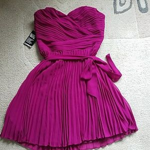 Express pleated strapless dress